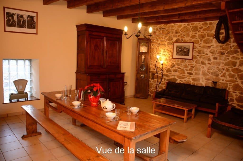 The living room in La Grange 2