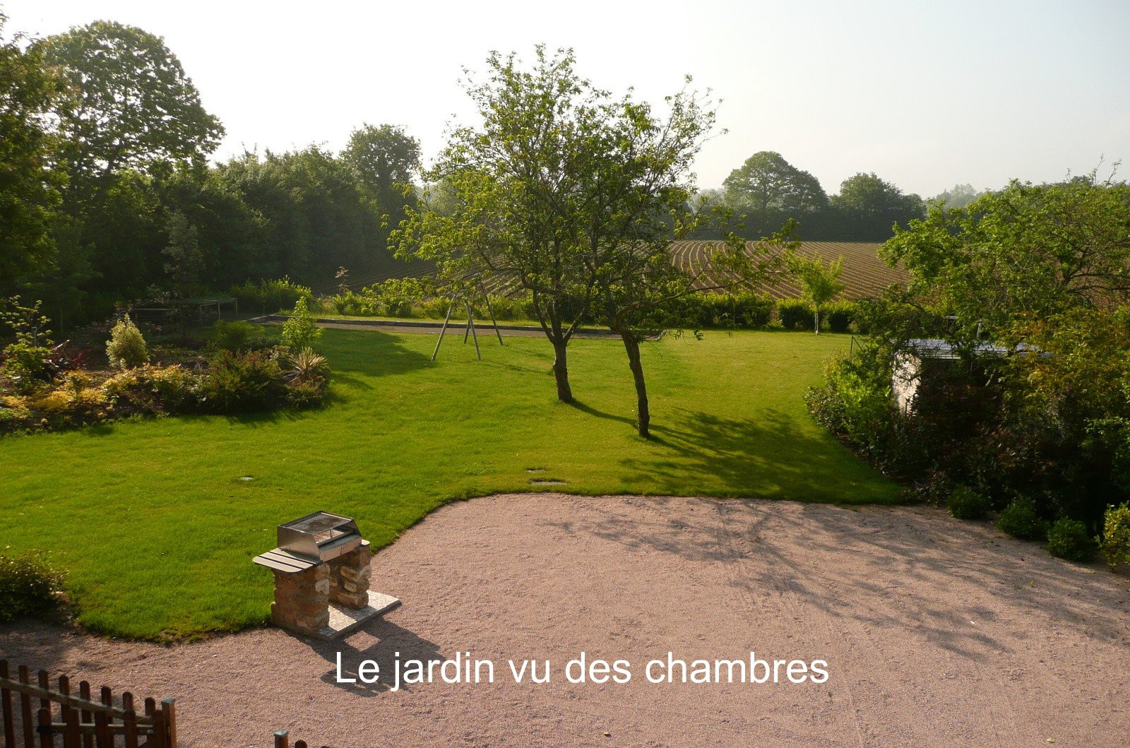 Garden seen from the rooms of La Ferme